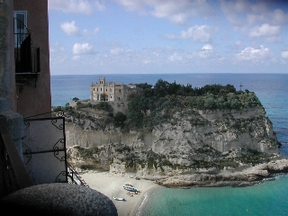 Tropea isola